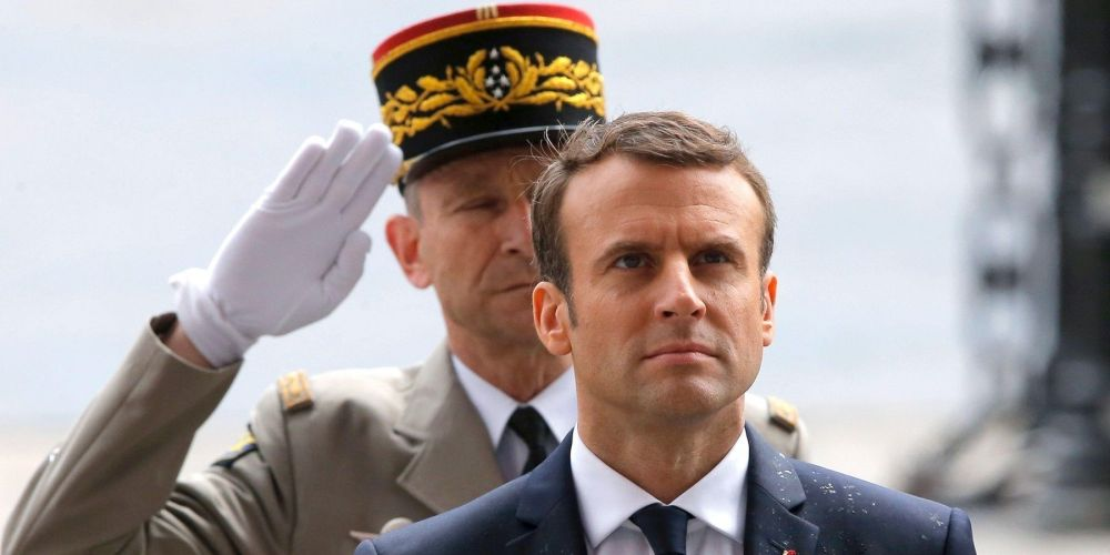 Macron, De Villiers, le chef et le martyr