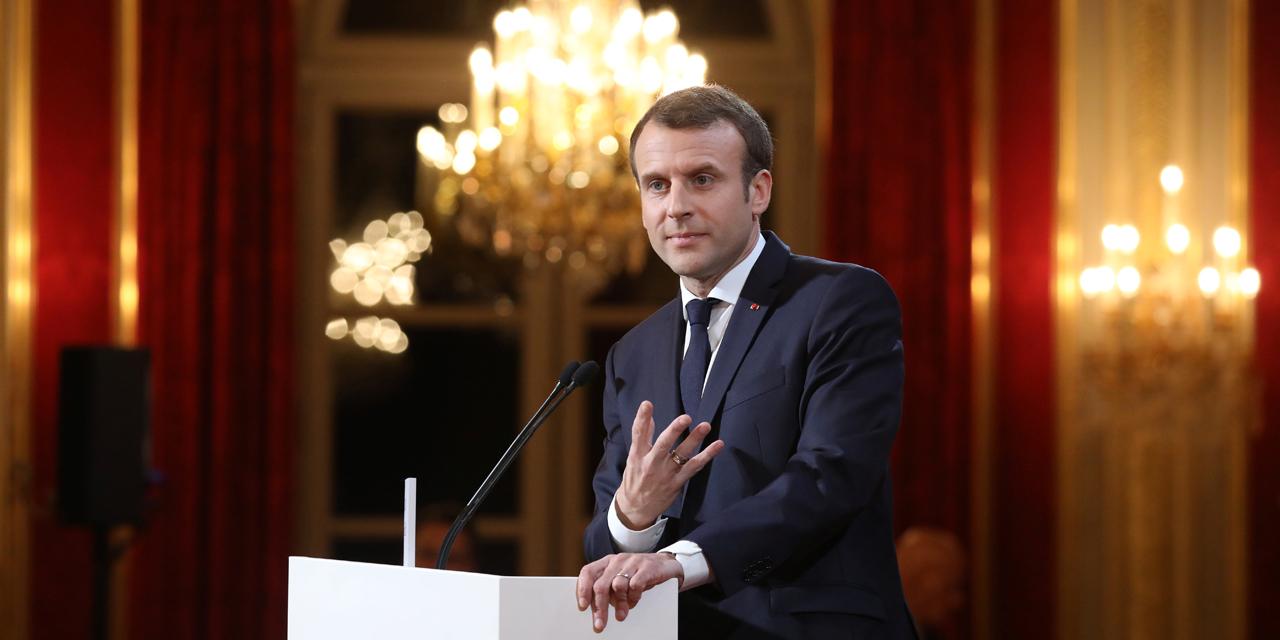 Macron : Voeux d'influences