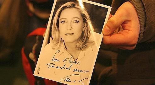 Le Pen, la photo et les têtes coupées